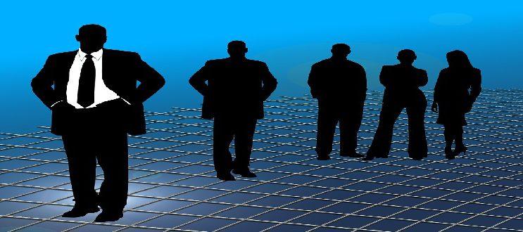 businessmen-246747_1280.jpg