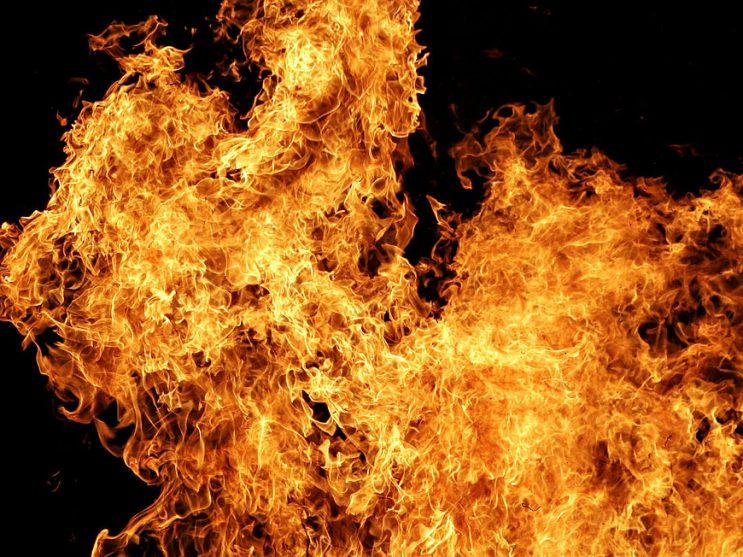 1024px-Fire02.jpg